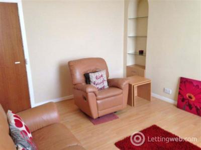 Property to rent in 51c, Rose Street, Aberdeen, AB10 1UB