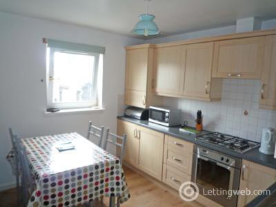 Property to rent in 42h Holland Street, Aberdeen, AB25 3UL