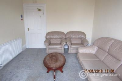Property to rent in Commercial Street, City Centre