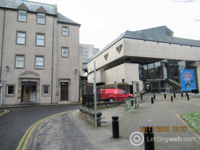 Property to rent in Tay Square, West End