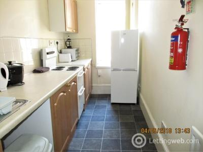 Property to rent in VICTORIA ROAD, City Centre