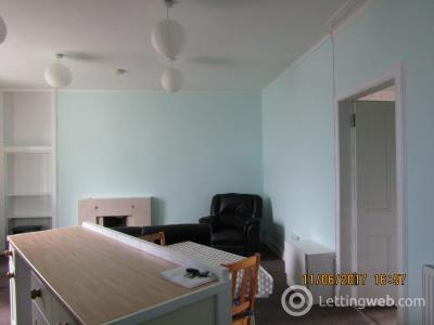 Property to rent in Abbotsford Street, West End