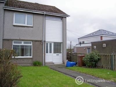 Property to rent in Wardlaw Crescent, Oakley