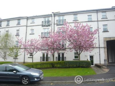 Property to rent in Edmund Place, Dunfermline