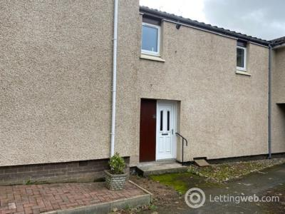 Property to rent in Meldrum Court, Dunfermline