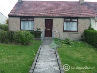 Property to rent in Summerfield Road