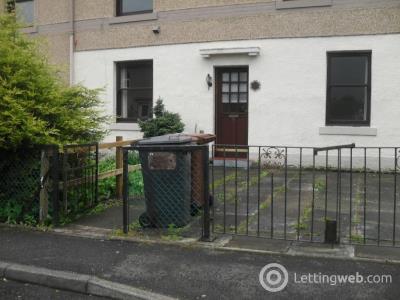 Property to rent in Pentland Avenue, Penicuik, EH26