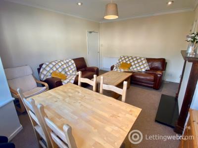 Property to rent in Bellenden Gardens, Edinburgh, EH16 5TB