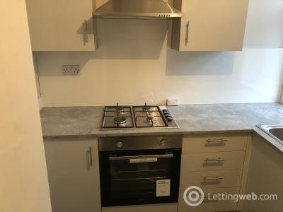 Property to rent in 6a rosevale street