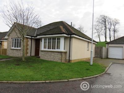 Property to rent in Valley Gardens, Leslie