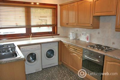 Property to rent in Carson Place Rosyth