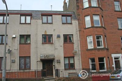 Property to rent in Piershill Terrace, Edinburgh