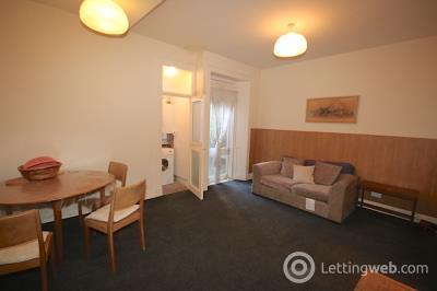 Property to rent in Causewayside, Edinburgh