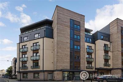 Property to rent in 15 West Tollcross, Edinburgh