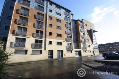 Property to rent in FLAT 2/3, 2 BARRLAND COURT, GLASGOW, G41 1RN