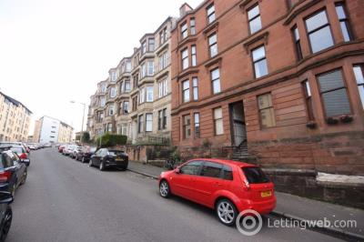 Property to rent in 2/1 91 Oban Drive, Glasgow G20 6AB