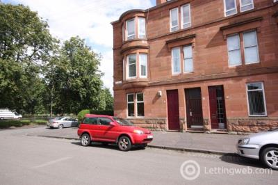 Property to rent in 18 Haldane Street