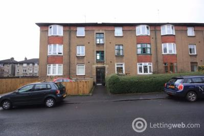 Property to rent in Flat 2/1, 27 Ripon Drive