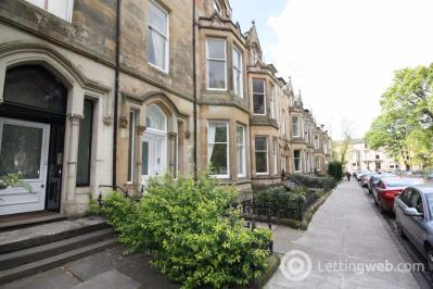 Property to rent in Flat 2, 33 Westbourne Gardens, Glasgow
