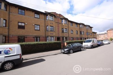 Property to rent in Flat 2/2, 3 Malloch Street
