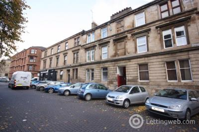 Property to rent in 10 Dowanhill Street
