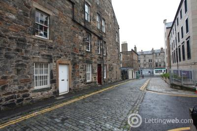 Property to rent in Middlefield, Leith, Edinburgh, EH7 4PF