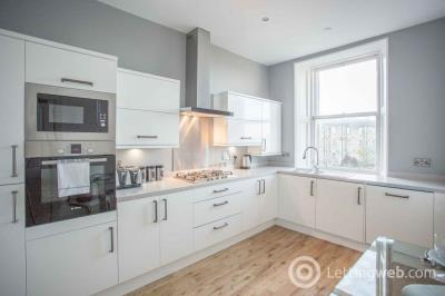 Property to rent in Brunton Terrace, Hillside, Edinburgh, EH7 5EQ