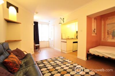 Property to rent in Dean Park Mews, Stockbridge, Edinburgh, EH4 1ED