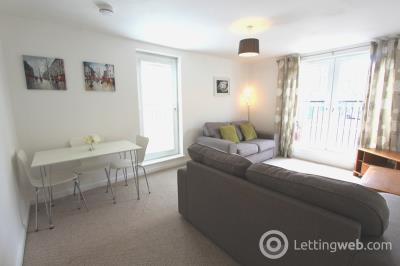 Property to rent in Giles Street, Leith, Edinburgh