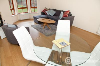 Property to rent in Orchard Brae