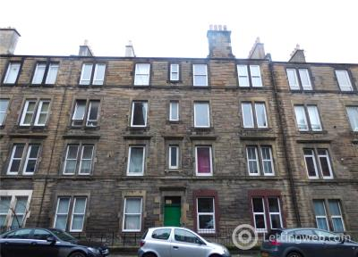Property to rent in 2F2, 4 Dalgety Avenue, Edinburgh, Midlothian, EH7