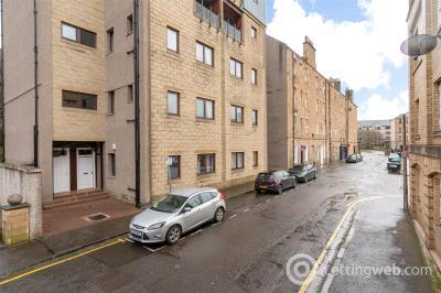 Property to rent in 53 St. Leonards Hill, Edinburgh, EH8