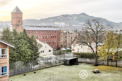 Property to rent in 17/7 St Triduanas Rest, Edinburgh, EH7