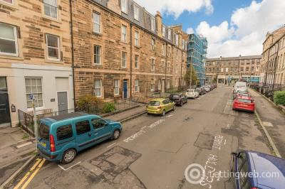 Property to rent in 14(3F1) West Newington Place, Edinburgh, EH9