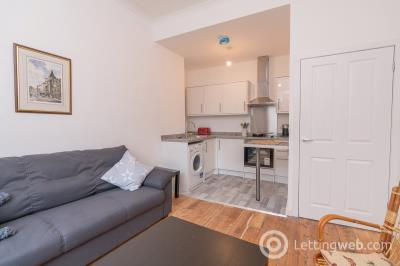 Property to rent in 1 Fingzies Place, Edinburgh, EH6