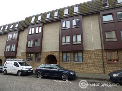 Property to rent in 39/2 Lochrin Place, Edinburgh, Midlothian, EH3