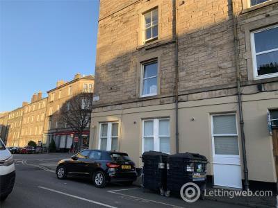Property to rent in 1(1f2) Elliot Street, Edinburgh, EH7