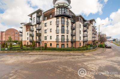 Property to rent in 2/8 Constitution Place, Edinburgh, EH6
