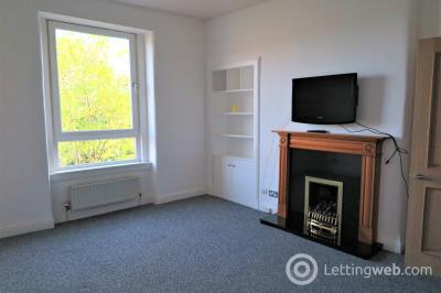 Property to rent in Newton Street