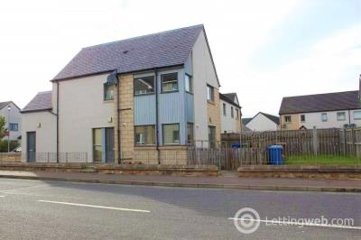 Property to rent in 4 Maclennan Crescent, Inverness, IV3 8DN