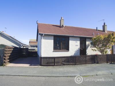 Property to rent in 3 Gunsgreen Circle, Eyemouth