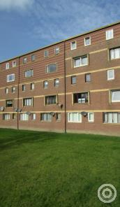 Property to rent in Braehead Road