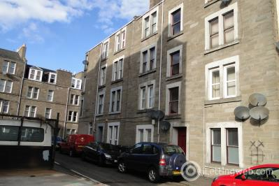 Property to rent in 27 West Street
