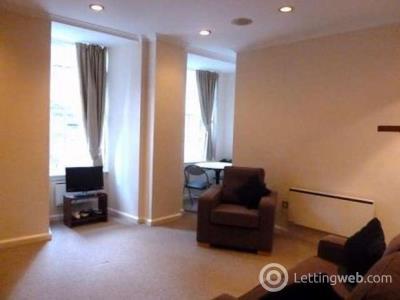 Property to rent in North Bank Street, Edinburgh