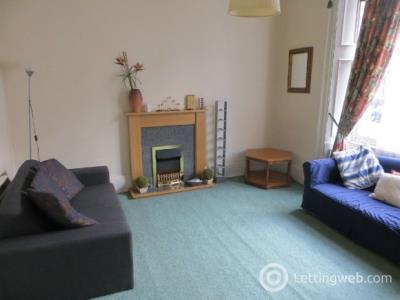 Property to rent in St Bernards Crescent, Edinburgh
