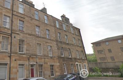 Property to rent in Moncrieff Terrace, Edinburgh, EH9 1NB