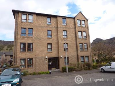 Property to rent in Parkside Terrace, Newington, Edinburgh, EH16 5XR