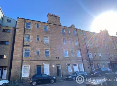 Property to rent in St Leonards Hill, Edinburgh, EH8 9SB