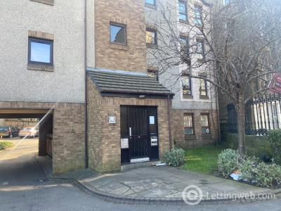 Property to rent in Drum Terrace, Leith, Edinburgh, EH7 5NB