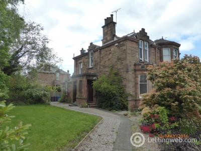 Property to rent in St Andrews Drive
